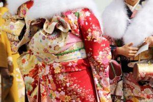 東京の振袖レンタル業者はどう選ぶ?いい振袖が見つかる比較方法